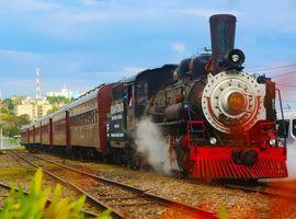 Trem Maria Fumaça com Epopeia Italiana e Transporte