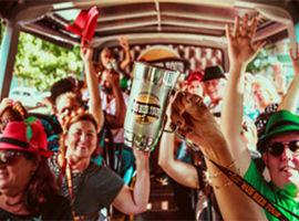 Bus Bier Tour Experimente mais de 10 tipos de cervejas